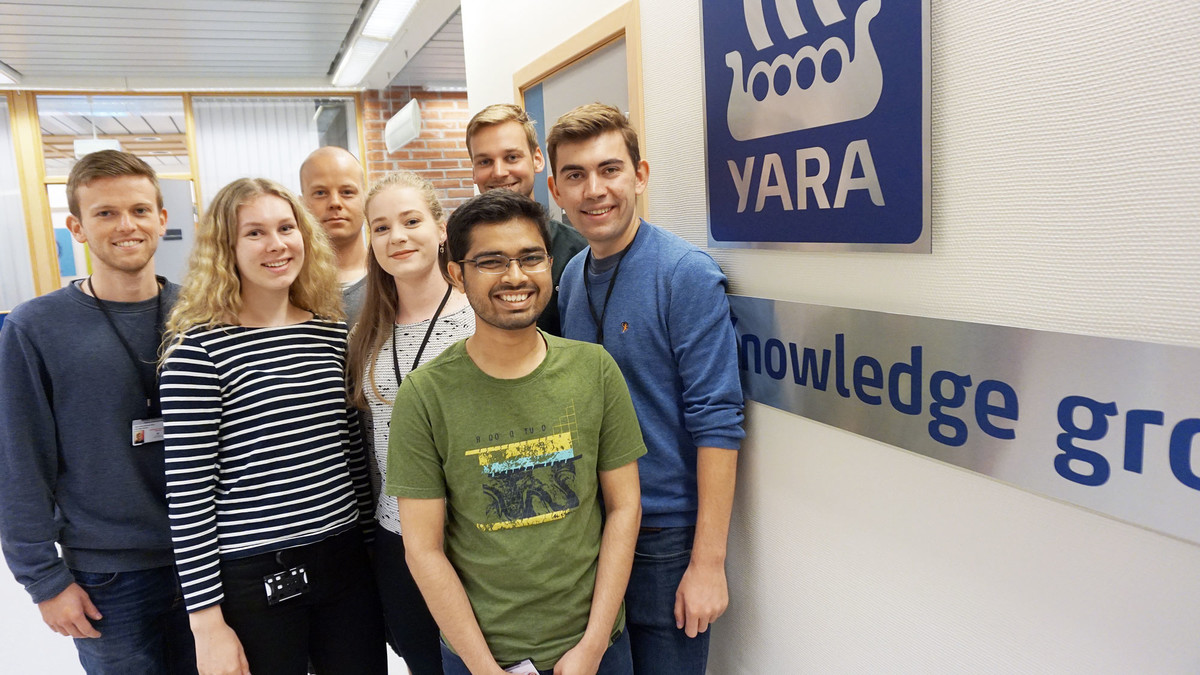 Photo of summer students at Yara